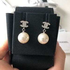 Chanel Classic Crystal CC Dangle Pearl Earrings